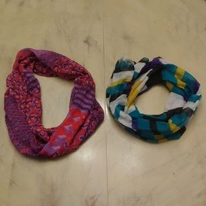 Womens Scarf Set of 2